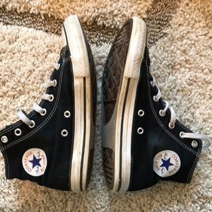 Youth Converse High Tops Black Size 3 youth
